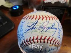 1967 Kansas city Athletics Team Signed Baseball Reggie jackson rookie Nice