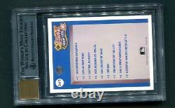1990 UD Heroes Reggie Jackson Auto /2500 Beckett Graded 8.5/10 HOF Yankees
