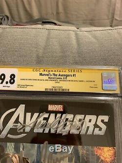 CGC 9.8 SS Avengers #1 Cast Signed Samuel Jackson Chris Hemsworth Evans Ruffalo