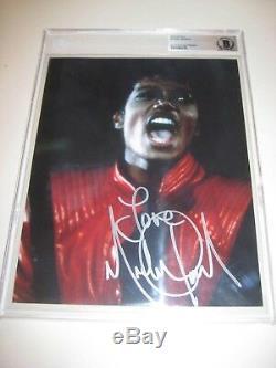 MICHAEL JACKSON Signed THRILLER 8 X 10 PHOTO Beckett Authenticated & Encapsulat