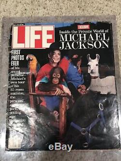 Michael Jackson Autographed LIFE magazine (June 1993 SIGNED)
