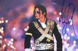 Michael Jackson Hand-Signed Huge Color Photograph ca 30x20cm AUTOGRAPHED withLOA