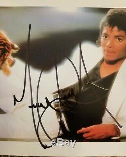 Michael Jackson Signed Thriller 8X10 PSA Authenticated PSA/DNA I91179 Autograph