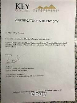 Michael jackson Signed Autographed Photo Coa No Fedora Glove Smile Bad Thriller