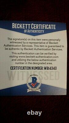 NEW BO JACKSON AUTOGRAPHED RAIDERS JERSEY. BECKETT C. O. A. WithMATCHING STICKER