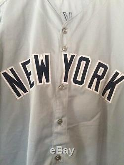 New York Yankees signed by Reggie Jackson, Jersey with JSA authentication WOW