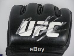 RAMPAGE QUINTON JACKSON Hand Signed UFC Glove + PSA DNA COA L65013