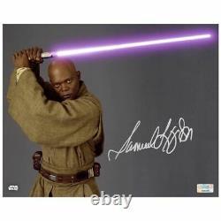Samuel L. Jackson Autographed Star Wars Mace Windu 8x10 Close Up Photo